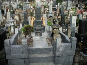 外柵、墓石